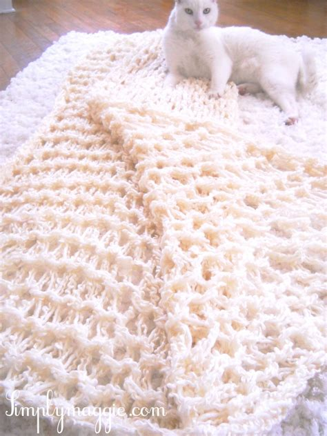 how to end a knitted blanket the fuzzy corner arm knitting diy amazing scarf blanket