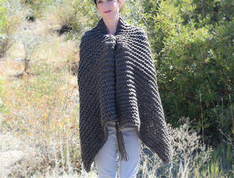 how to knit a shawl big beginner knit shawl scarf pattern in a stitch