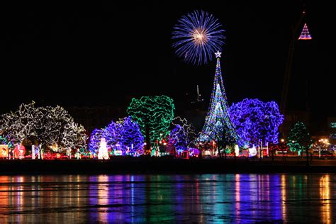 home light show these 7 wisconsin cities are home to dazzling