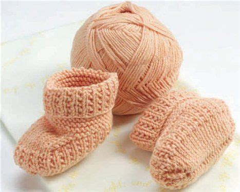knit stay 21 best images about knitting baby booties on