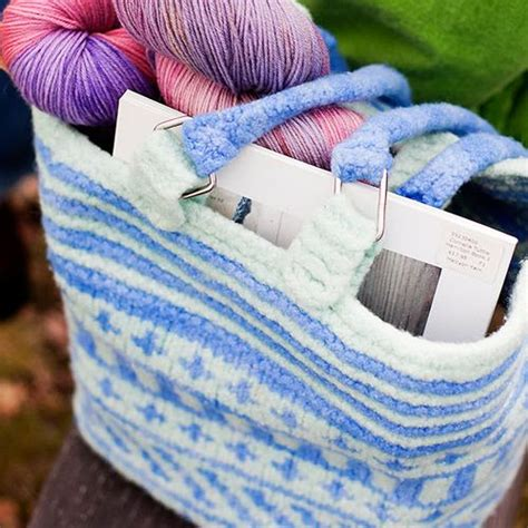 fair isle knitting patterns for beginners 17 best images about knitted felted purses on