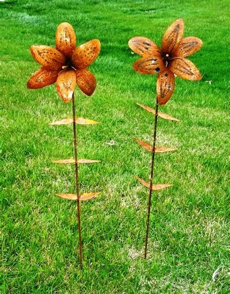 tin yard tin flower stake lawn ornament yard