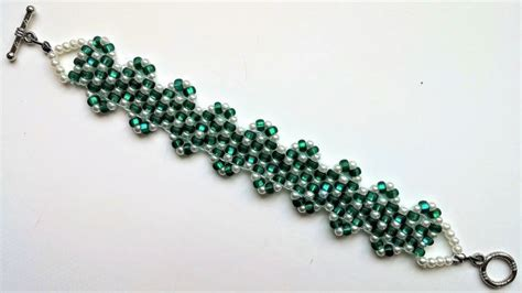 seed bead patterns for beginners 17 best ideas about beaded jewelry patterns on