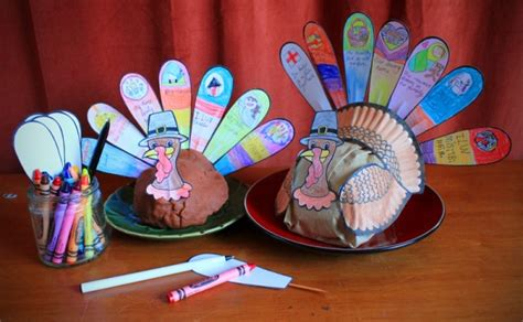 thanksgiving table crafts for thanksgiving turkey table craft family crafts