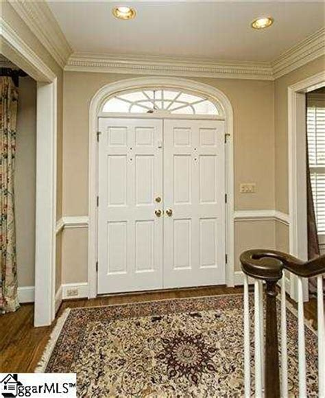 paint colors for foyer foyer paint color foyers and entryways