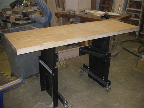 woodworking bench reviews review a leg up on the work bench by chris wright