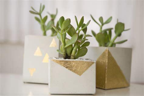 diy cement planters 25 creative diy planter projects