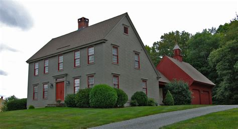 salt box style house the saltbox colonial exterior trim and siding the