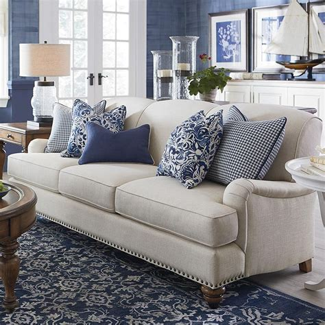 living room sofa pillows best 25 sofa ideas on classic home