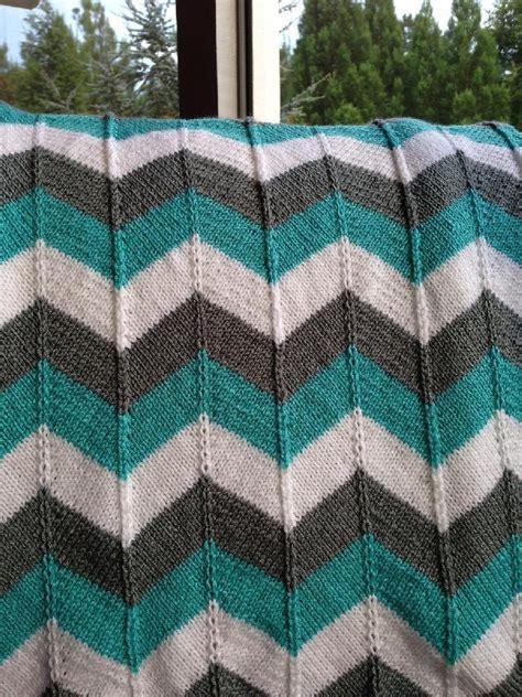 chevron knitted baby blanket pattern chevron baby blanket and chevron throw knitting pattern by