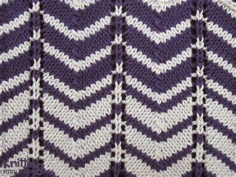 how to knit 2 colors together two color chevron knitting stitch patterns