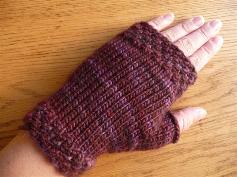 free knitting pattern for fingerless gloves on needles fingerless mittens knitting pattern my patterns