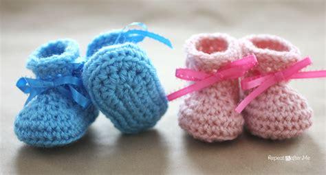 baby booties pattern crochet newborn baby booties pattern repeat crafter me