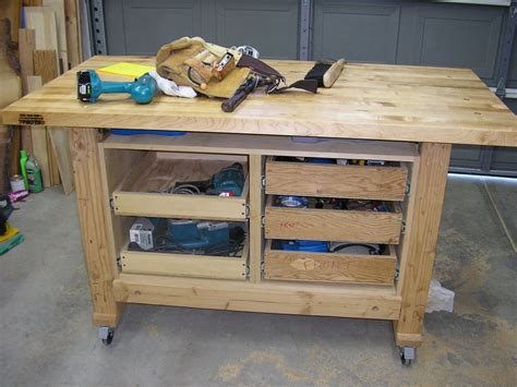 traditional woodwork wooden traditional workbench woodworking plan free