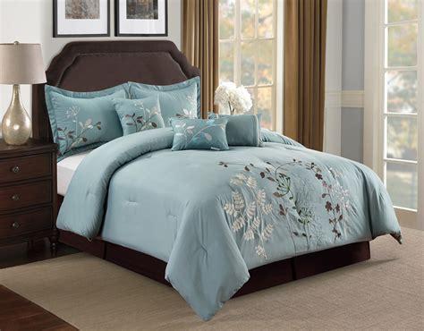 floral comforter set 7 beige floral embroidered comforter set ebay