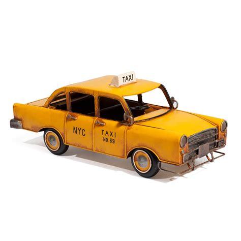taxi d 233 co en m 233 tal jaune 14 x 34 cm nyc maisons du monde