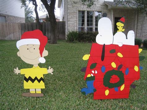 snoopy yard decorations snoopy yard decor holidays