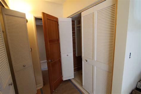 louvered sliding closet doors louvered sliding closet doors lowes home design ideas
