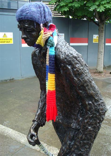guerilla knitting patterns alan in belfast guerilla knitting hits the waterfront flock