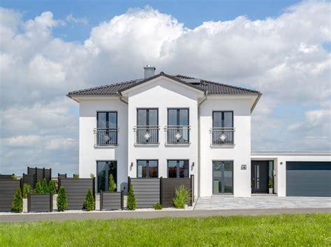 Danwood Haus Musterhäuser by Die Besten 25 Doppelgarage Ideen Auf
