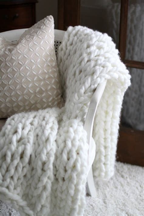 best yarn for arm knitting favorite things friday fashion decor and diy setting