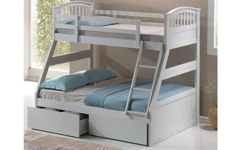 three sleeper bunk beds three sleeper wooden bunk bed mattress