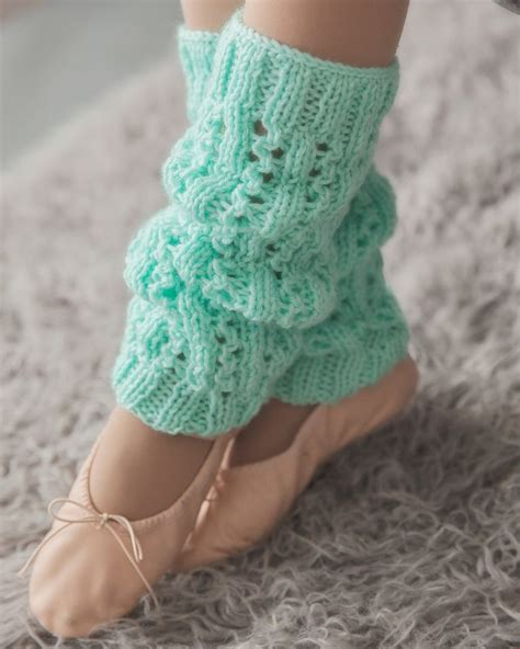 knitted warmers free patterns 25 best ideas about knit leg warmers on leg