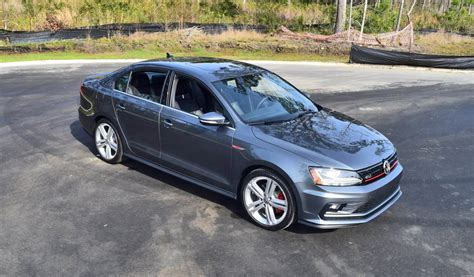 Volkswagen Gli Review by 2017 Vw Jetta Gli Dsg Automatic Hd Road Test Review