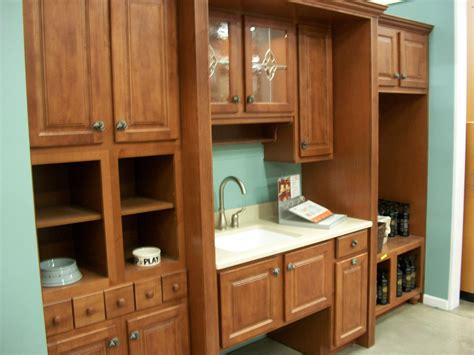 kitchen cabinet images file kitchen cabinet display in 2009 jpg