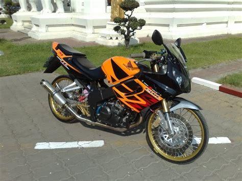 Modified Honda Cbr 150 by Honda Cbr 150 Thai Style Modified Motorcycle Designs