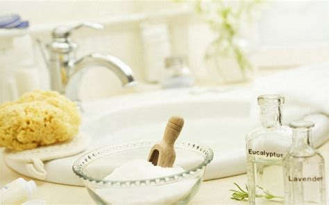shower after epsom salt bath 12 ways on how to use epsom salt for acne treatment