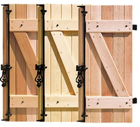 volets bois massif 83 essences de bois ferrages et percements var volets bois volets battants