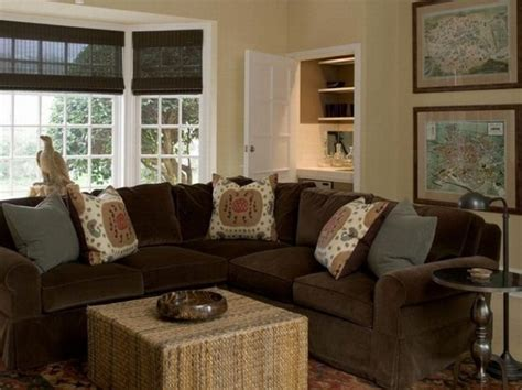 paint colors for living rooms with brown furniture what color should i paint my living room with a brown