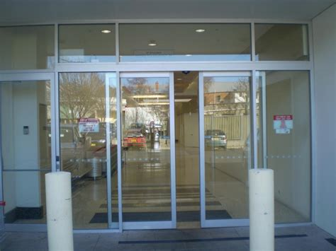 glass door automatic sliding glass door automatic sliding doors