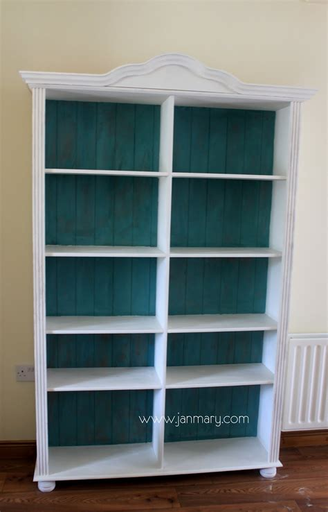 chalk paint bookshelf bookcase makeover with sloan chalk paint
