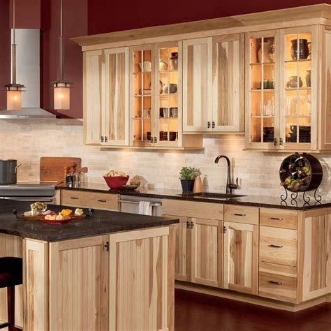 hickory kitchen cabinets best 25 hickory kitchen cabinets ideas on