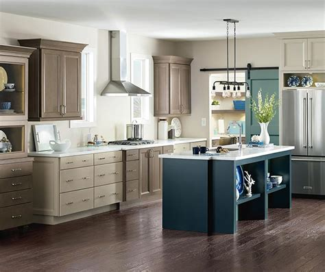 maple kitchen furniture maple kitchen cabinets cabinetry