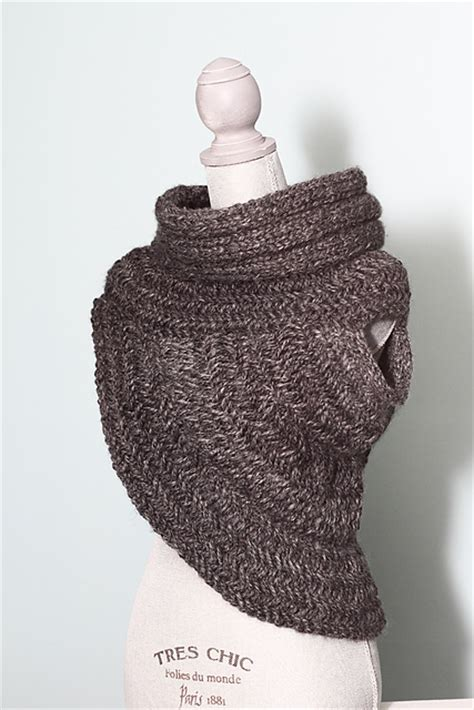 how to knit a cowl katniss cowl knitting