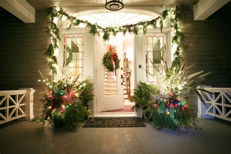 how to decorate your house for outside lights 5 unique ways to decorate your home for the holidays