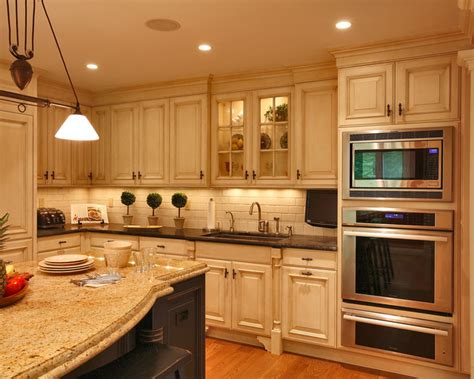 traditional kitchens traditional country kitchen ranges classic country kitchen traditional kitchen other
