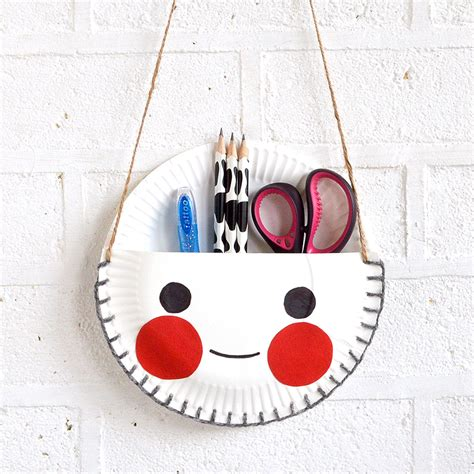 crafts made from paper plates mollymoocrafts paper plate craft the cutest desk tidy