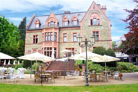 Reiterhof Englischer Garten München by Romantik Hotel Schloss Rettershof Im Taunus Foodhunter