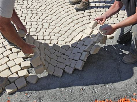 laying a paver patio how to lay a paver patio how to install a laid paver
