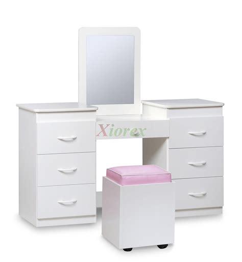 Cheap Vanity Sets For Bedrooms bedroom lovely simple bedroom vanity set cheap makeup