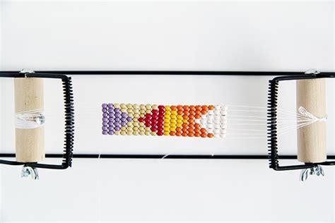 how to use a bead loom bead loom tutorials 5 1 2015 guide to beadwork