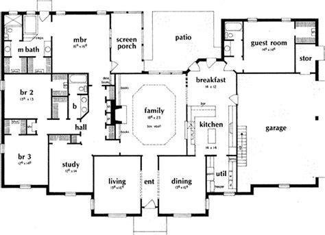 4 bedroom ranch floor plans ranch house plan 4 bedrooms 3 bath 3231 sq ft plan 18 481