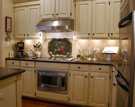 paint colors for country kitchen beautiful country kitchen cabinets paint colors idea