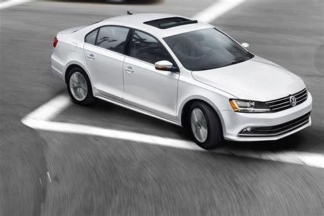 Reeves Volkswagen by 2017 Volkswagen Jetta Features Apple Carplay Reeves