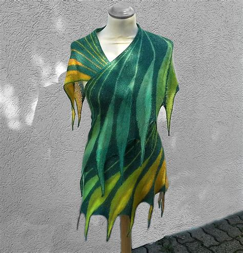 dreambird knitting pattern ravelry dreambird kal pattern by nadita swings wow indeed