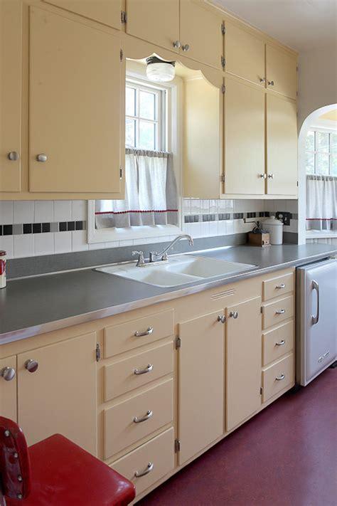 1930s kitchen design 1930s kitchen on 1940s kitchen 1920s kitchen